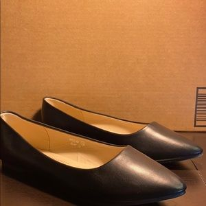 size 10 black leather flats